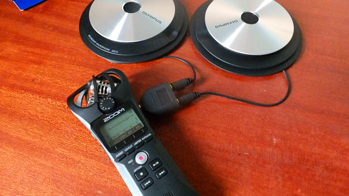 Best voice recorder for meetings Zoom H1n and Olympus ME33 boundary microphones